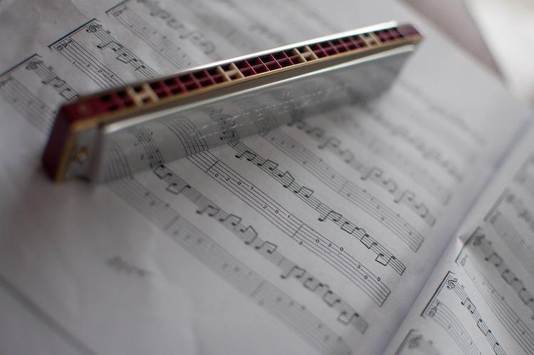 Mund-Harmonika-3