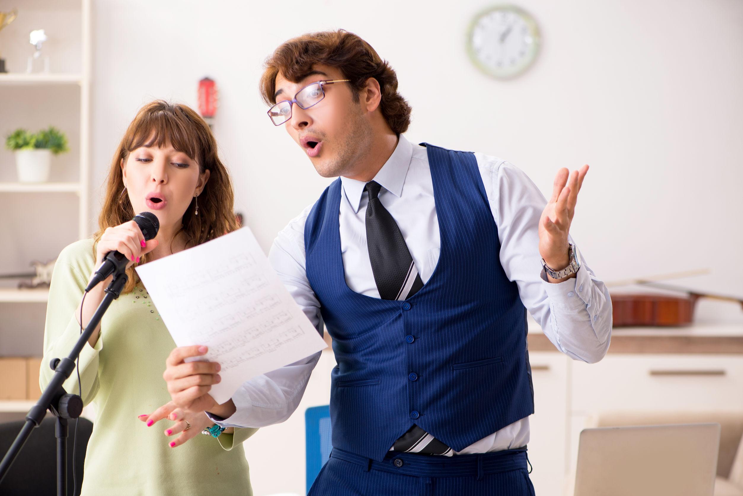Singen lernen: Die besten Tipps & Tricks für eine bessere Singstimme